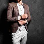 Dress Code realitného makléra: Aké oblečenie je vhodné pre realitného makléra a čomu by sa mal radšej vyvarovať?