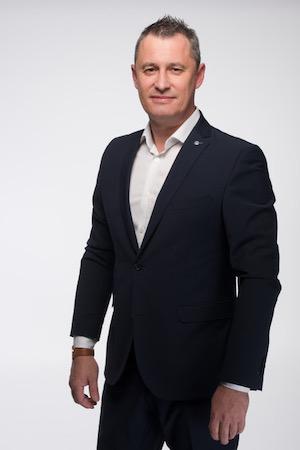 Juraj Lajcha - Ján Vlček - Realitný maklér RE/MAX EXTRA - reallitná kancelária Trenčín a Žilina 1